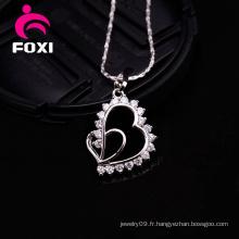 Coeur en forme de charmes de pendentif en or de conception simple