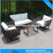 Mobília ao ar livre Novo design pátio sofá PE rattan 4 lugares sofá