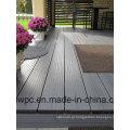 Decking de madeira exterior durável e impermeável do preço baixo WPC de alta qualidade