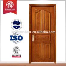 Porta da sala residencial
