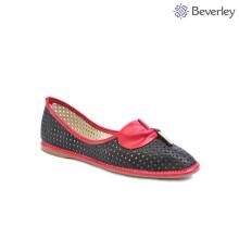 Чэнду обувь фабрики довольно черный и красный кожаный плоские туфли