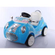 Paseo de los niños de plástico en coche bebé coche
