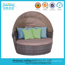 All Weather Resin Wicker Garden Round Extendable Day Bed
