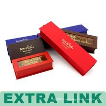Dubai Varios colores de la hoja del logotipo magnético sellado caja de regalo de chocolate con separadores de tarjeta de oro