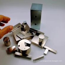 Imán de neodimio de bloque de forma y tamaño personalizados disponibles