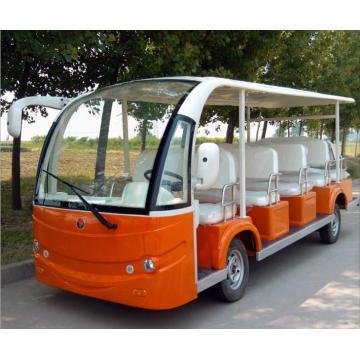 Turismos de coches eléctricos solares para turistas