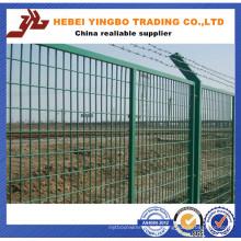 L'OEM de bienvenue de barrière de grillage soudé par poudre blanche de PVC