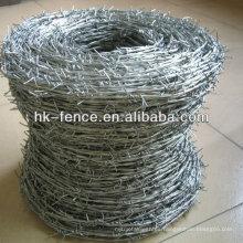 Bobina galvanizada sumergida caliente del alambre de púas del doble-filamento con la lengüeta de 4 puntas