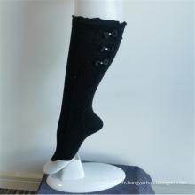 Élégantes chaussettes mi-hautes en dentelle noire à la mode pour filles