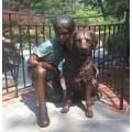extérieur jardin décoration métal vie taille bronze garçon et chien statue