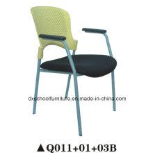 Chaise en acier en plastique en gros avec cadre en acier