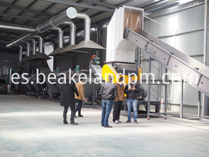 High Quality Plastic Pe Bottle Recycling Machine