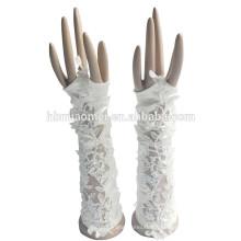 2017 nouveau style belle à la mode gants de mariée en dentelle de mariage sans doigts
