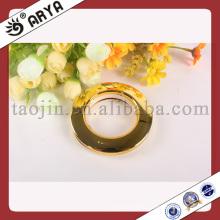 Fabricant d'anneaux de rideaux