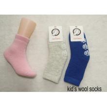 Calcetines de lana para niños
