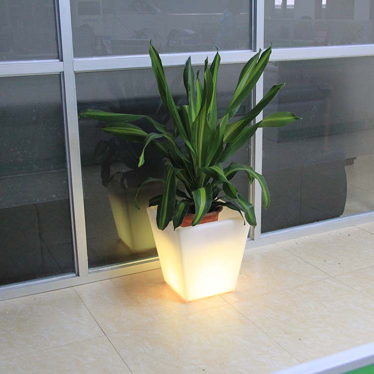 Plastic Design Square LED Flower Pot