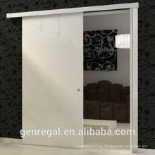 Tobogán de puerta de madera natural del dormitorio de madera interior