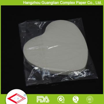 OEM Größe Herzform Pan Liners Antihaft Backpapier
