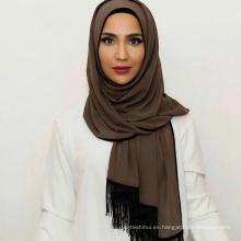 Las mujeres de la manera del diseño sólido de la gasa con estilo musulmán amor bufanda nuevo diseño borlas maxi turquí chal saudí hijab mujeres