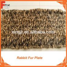Plaque de fourrure de lapin imprimée par bande de qualité européenne et de tigre