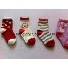 Heißer Verkauf guter Qualität Baby Mädchen Socken