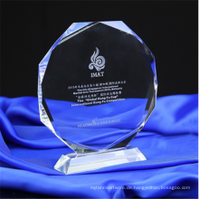 Entwerfen Sie 3D Crystal Engraved Awards Trophy