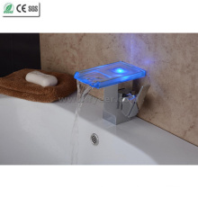 2015 New Self-Power Bathroom Waterfall LED Basin Faucet (QH08186FP)