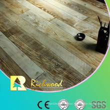 Commercial 8.3mm E1 AC3 Embossed Walnut V-Grooved Laminate Floor