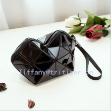 2017 new design PU leather geometric drawing cosmetic bag