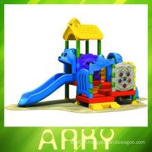 Équipement d'amusement pour jardin en plastique pour enfants