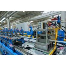 Производственная линия для производства секционных сэндвич-панелей из полиуретана