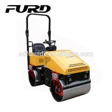 Lámpara LED Motor hidráulico Famoso motor Road Roller para la venta (FYL-890)