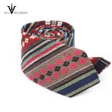 Cravate florale Skinny 100% coton faite sur commande professionnelle pour les hommes
