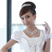 Fashion Teardrop Glass Stone Wedding Necklace For Bride