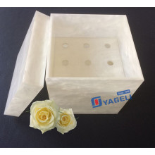 Valentine′s Day Gift for Fresh Roses Acrylic Flower Box