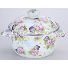 эмалированную кастрюлю с чугунным суп или кастрюлю установить в эмалированную кастрюлю или сотейник посуда