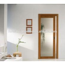 Interior de madeira, portas de bolso de vidro fosco de deslizamento