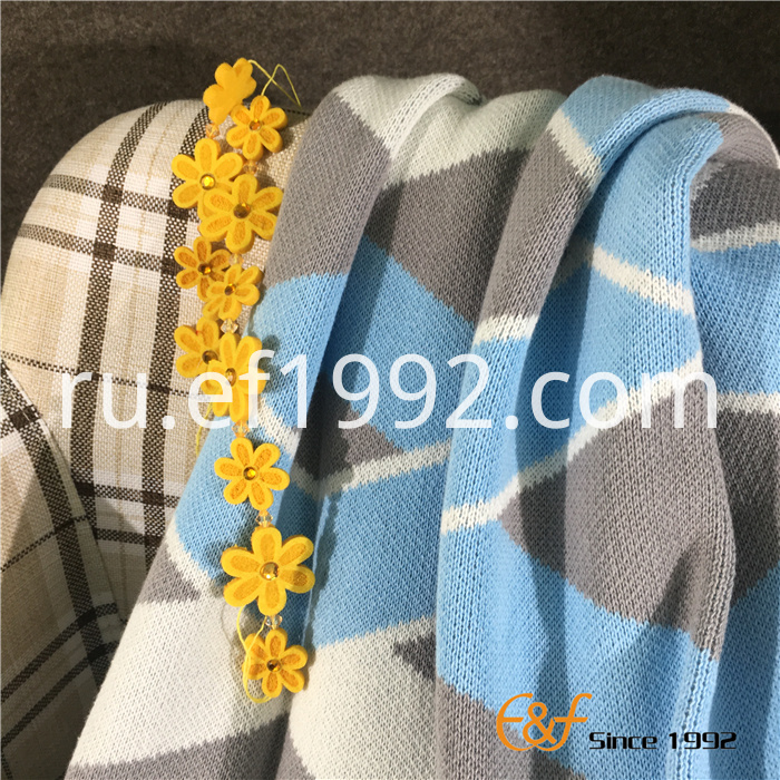 high-quality knitted blanket