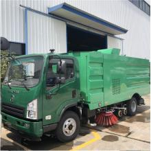 LHD Diesel Road Sweeping Vehicle