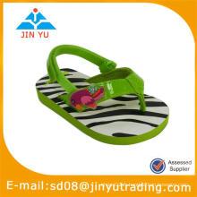 Pantoufles et sandales enfants EVA