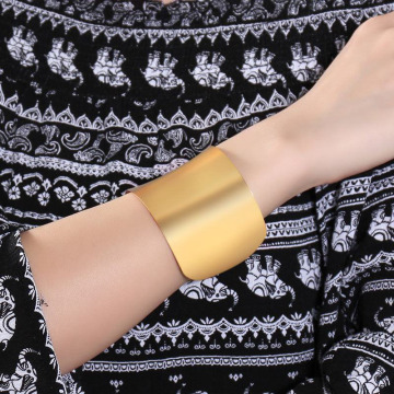 Billiga grossistkvinnor Gold Wide Manschett Armband