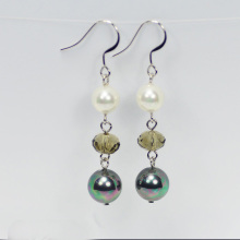 New Design White Drop Pearl Earrings