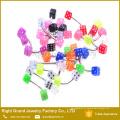Anéis de sobrancelha pretos azuis brancos cor-de-rosa acrílicos UV de aço inoxidável dos dados