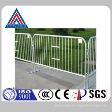 China Hochwertige Stahl Road Zaun Eisen Barriere