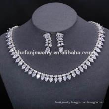 gemstones hong kong traditional stone studded necklace set New Products White Stone Necklace Set