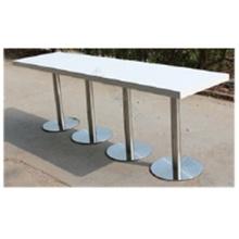 Mesa de barra extra larga de altura blanca con base de acero inoxidable