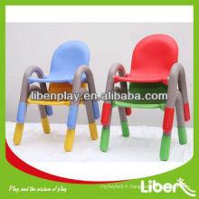 Chaise pour enfants en plastique de haute qualité, chaise d'école, table et chaises pour enfants Walmart avec un joli design LE.ZY.013