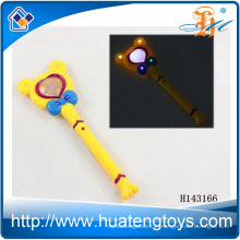 Vente en gros de plastique clignotant Mickey LED Light Up Stick Magic Wand pour enfants