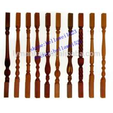piliers d'escalier en bois de chêne rouge sculpté