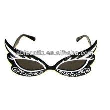 Пластиковые последние оптовые пользовательские солнцезащитные очки для вечеринок
